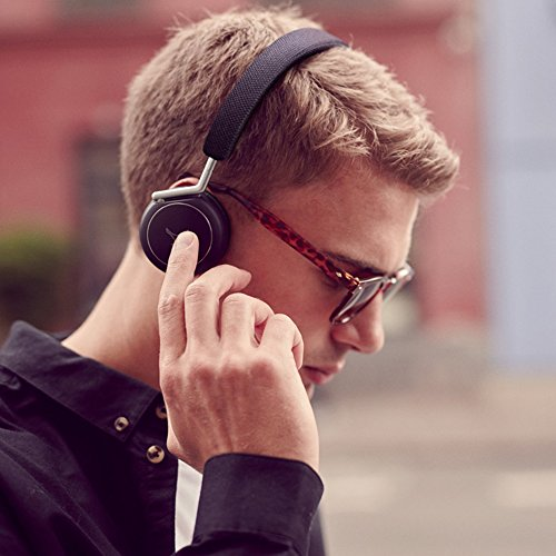 Libratone Q Adapt On-ear Headphones Overview 1