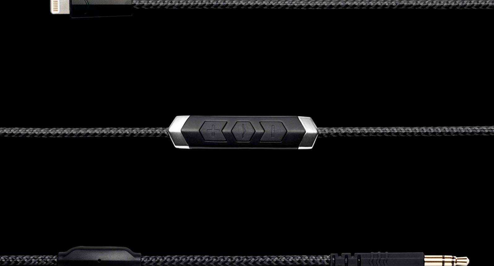 V-Moda SpeakEasy Lightning Cable Review 1